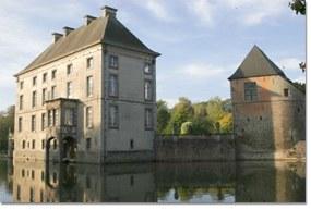 chateau-fort-feluy.jpg