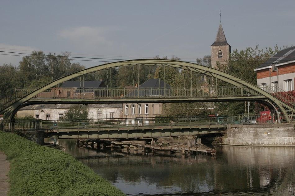 pont-tournant -arquennes.jpg
